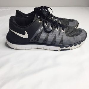 Men's Nike Free 5.0 TR Flywire Black and White 9.5